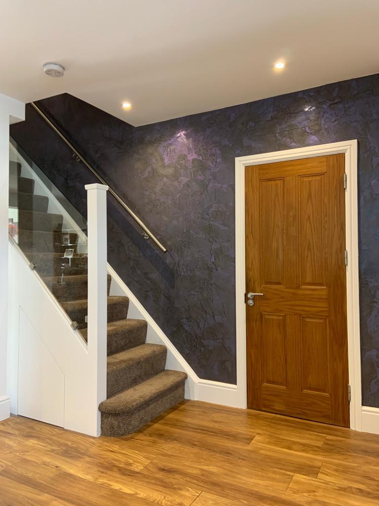 Venetian Plaster Surrey - Dark Venetian Plaster Staircase feature wall
