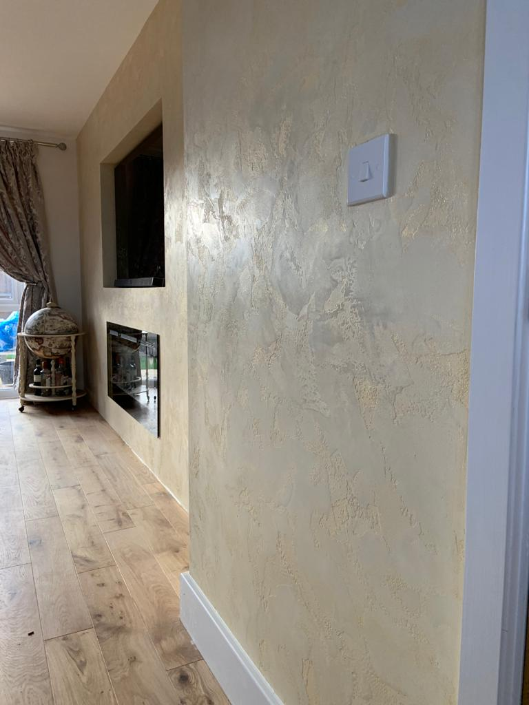Ultra Finishes - polished plaster Feature Wall detail - Venetian Plaster Surrey